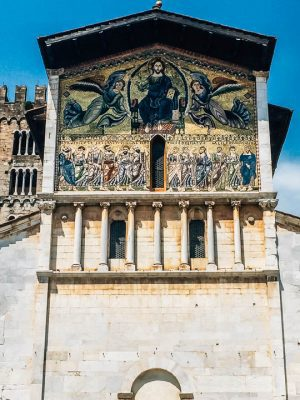 Basilica of San Frediano Lucca italy things to do