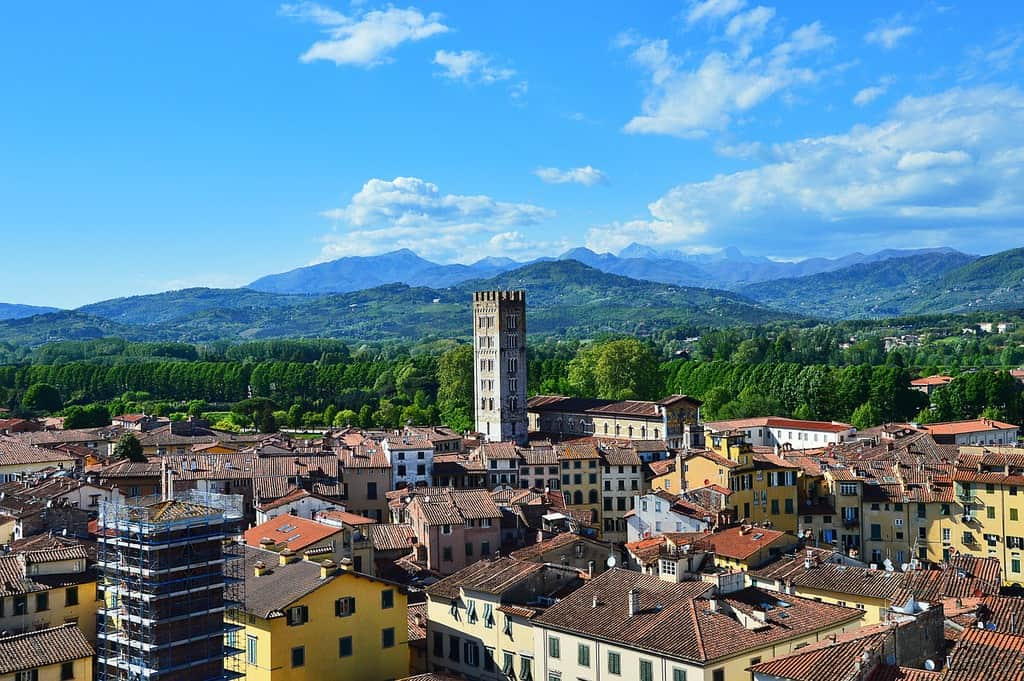 what to do in lucca tuscany italy