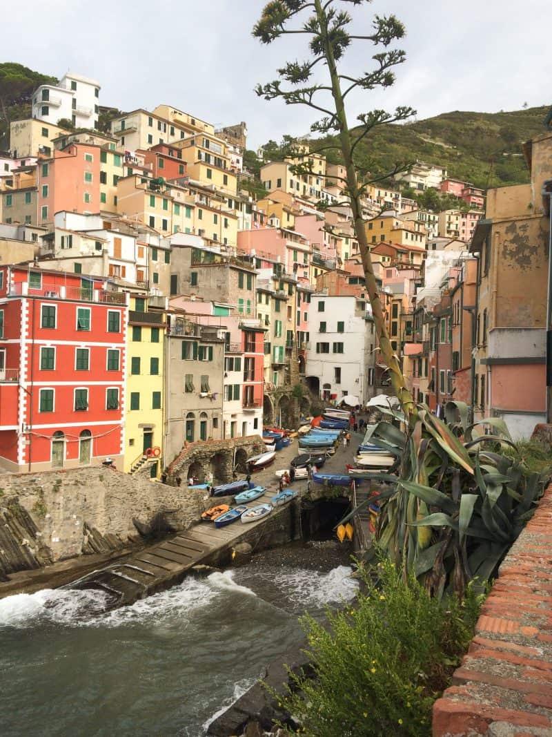 Cinque Terre | Italy - the picturesque town of Riomaggiore
