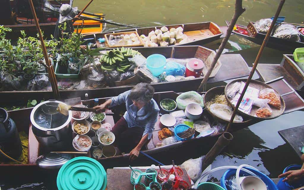 Favourite food markets - floating markets