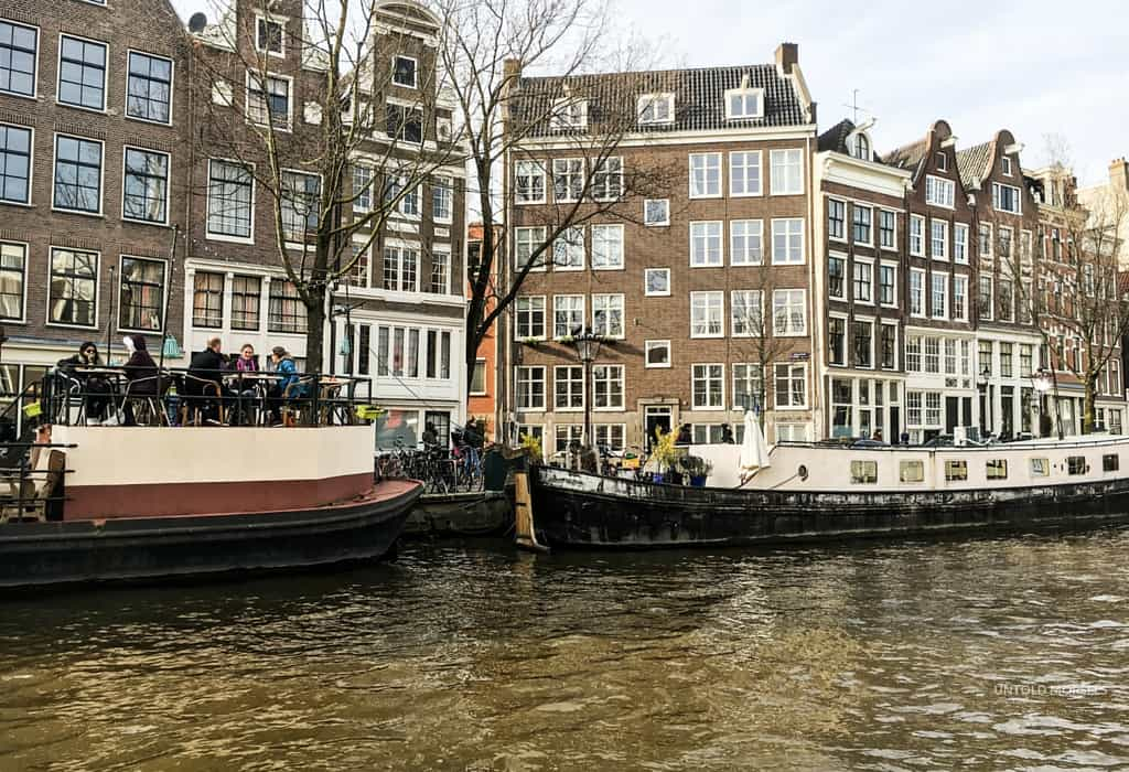 boat accommodation Amsterdam | stay on the canals