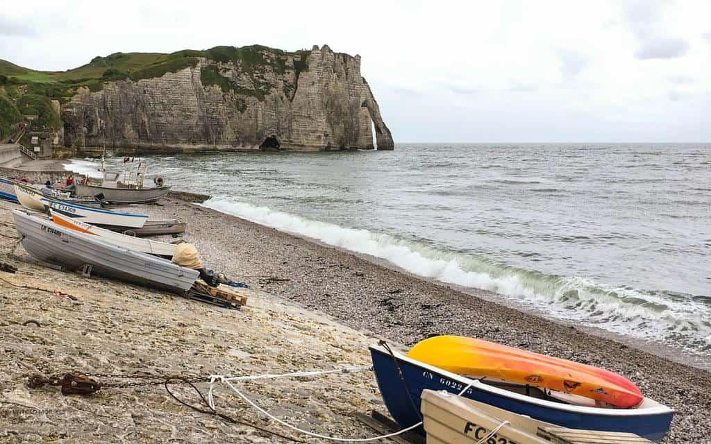 etretat cliffs normandy beaches