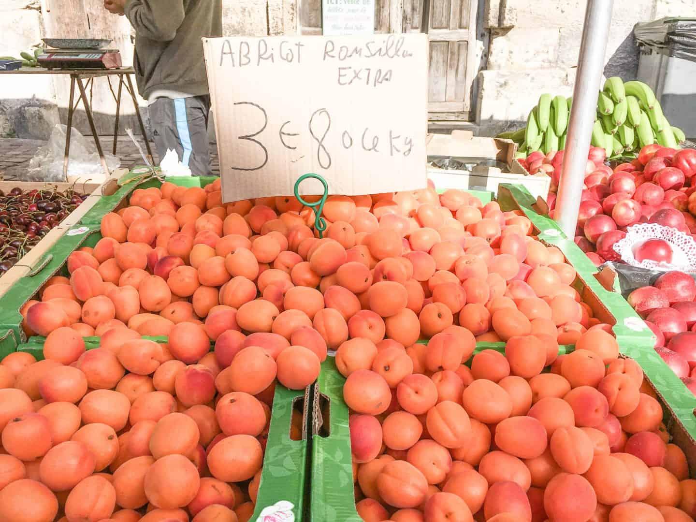 honfleur market normandy france