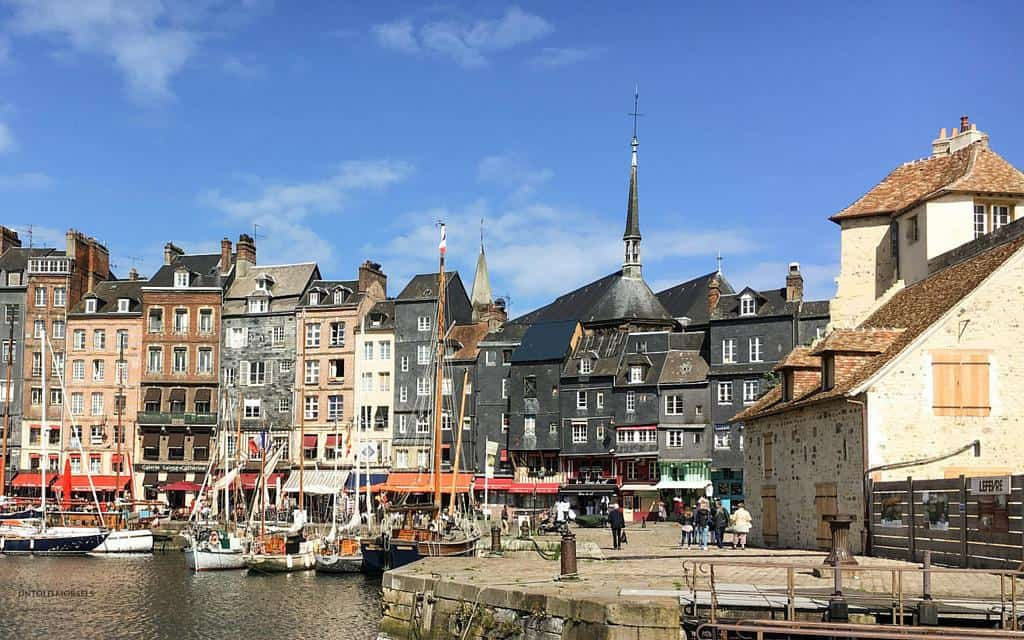 pretty harbour of honfleur normandy