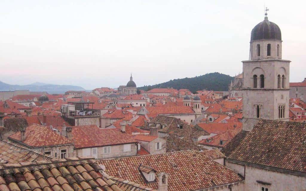 visit Dubrovnik - rooftops of Dubrovnik