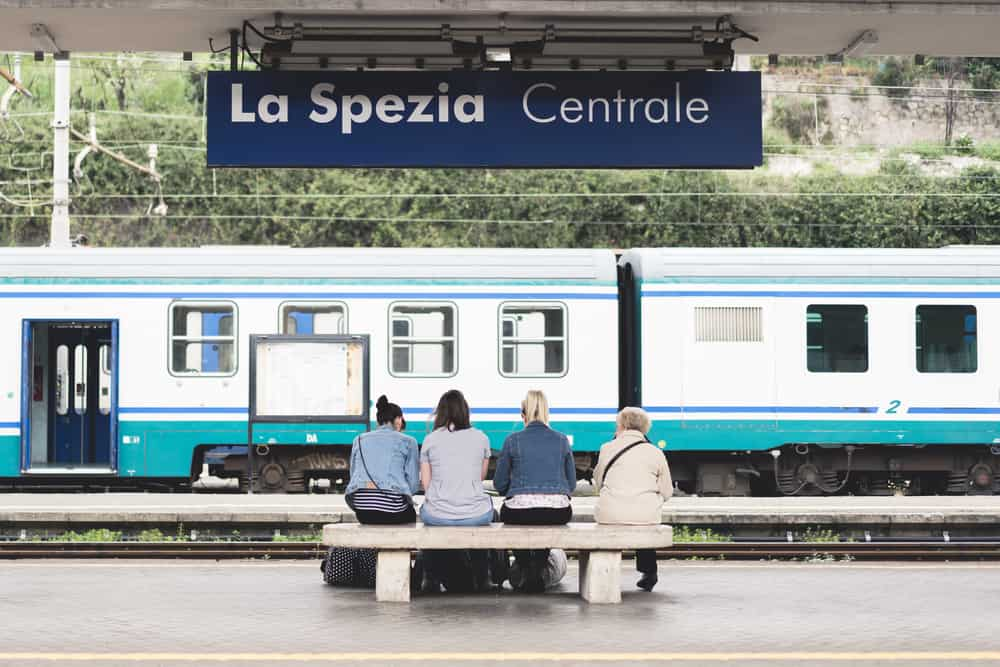 how to get around cinque terre and italian riviera