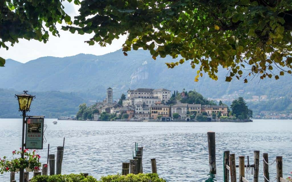 Things to do Italian lakes - Pretty Lake Orta and Isola San Giulio