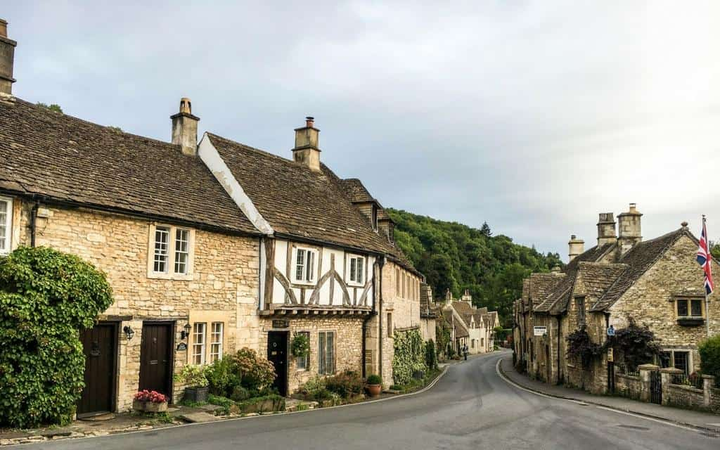 What to see in the Cotswolds - a guide for first time visitors to the area of outstanding beauty in England