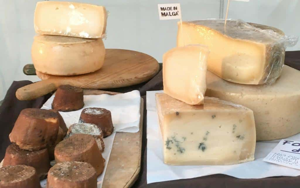 local cheeses at como - food festivals in Italy