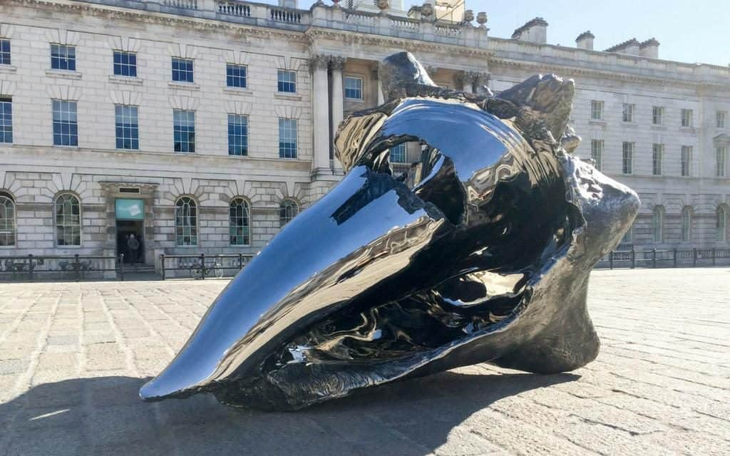 Courtyard sculpture - Somerset House