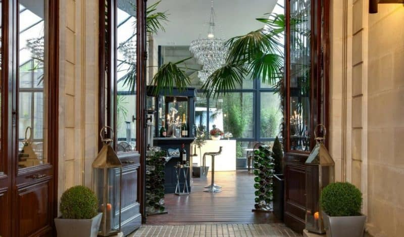 Charm and history at le boutique hotel bordeaux for Hotel boutique bordeaux