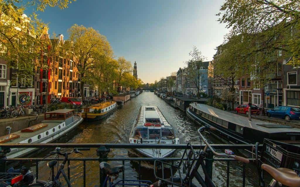 amsterdam canal cruise tour