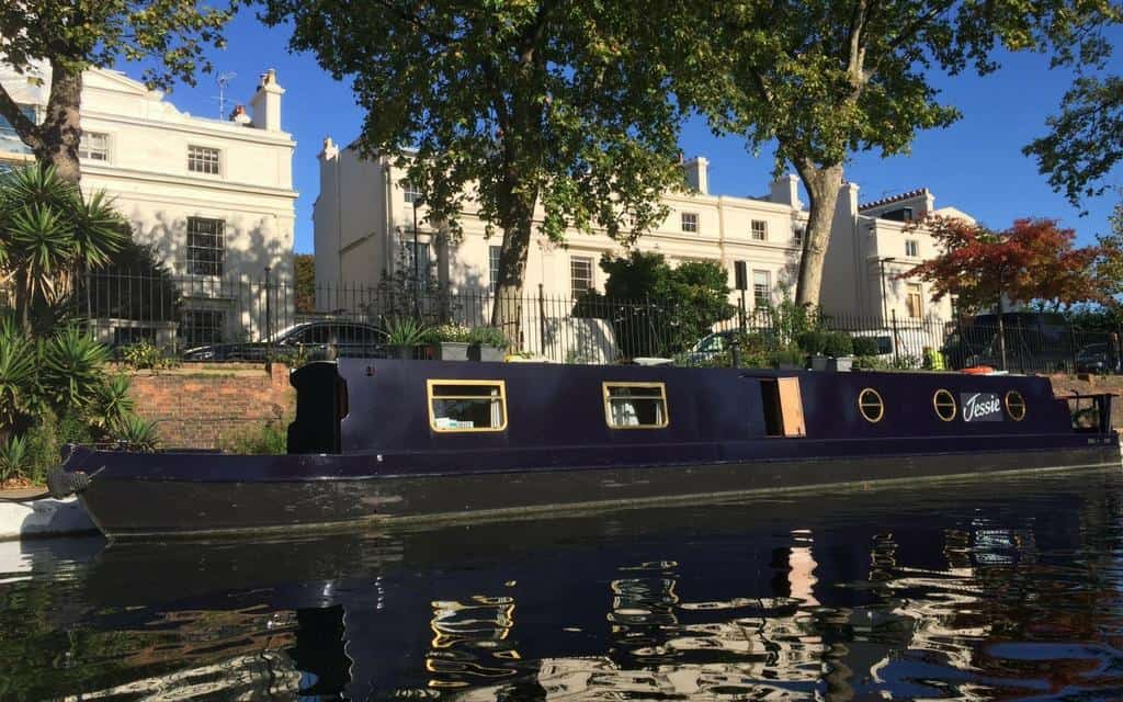 london house boat
