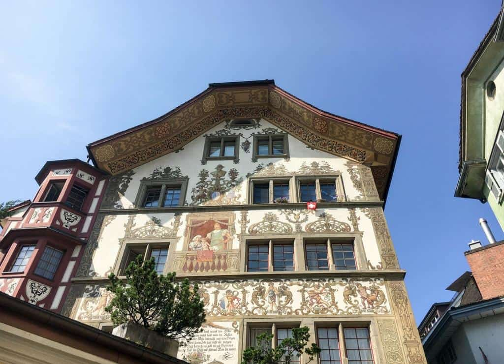 Lucerne Aldstadt old town painted buildings