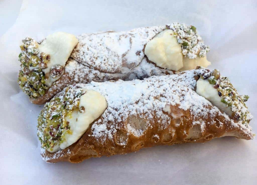 Typical Sicilian desserts to satisfy your sweet tooth