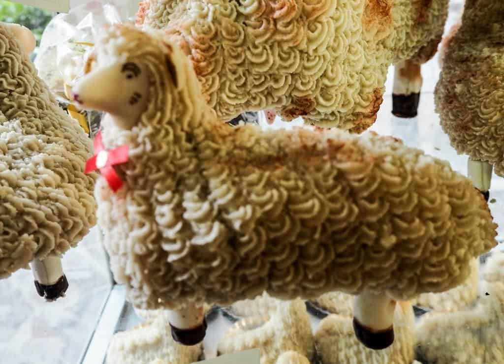 marzipan easter lambs from sicily