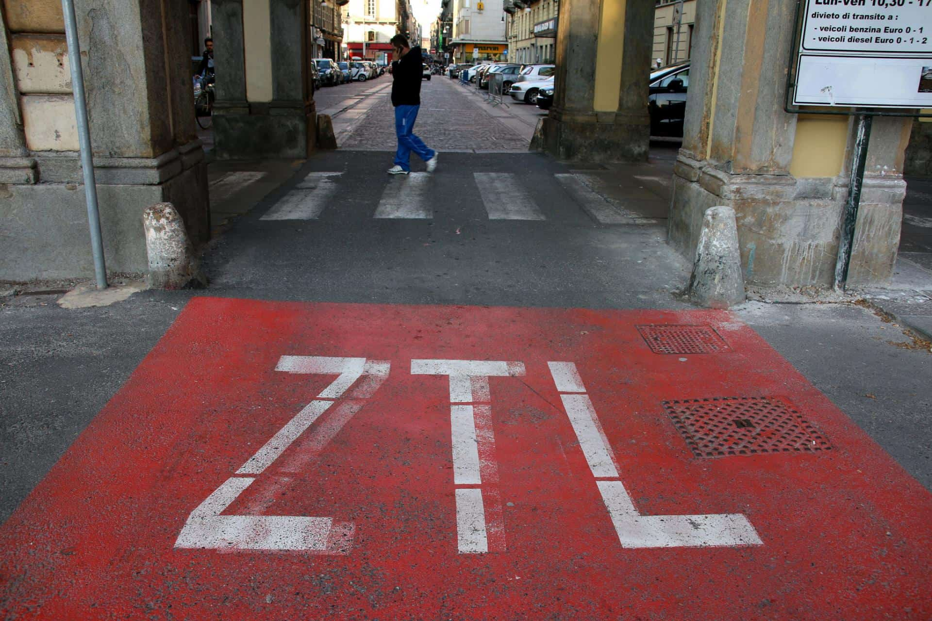 ZTL zone - driving in Italy