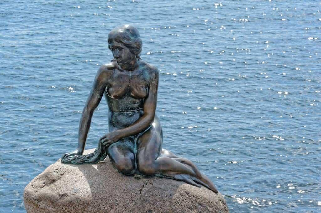 Little Mermaid Copenhagen - first stop on a Copenhagen bike tour