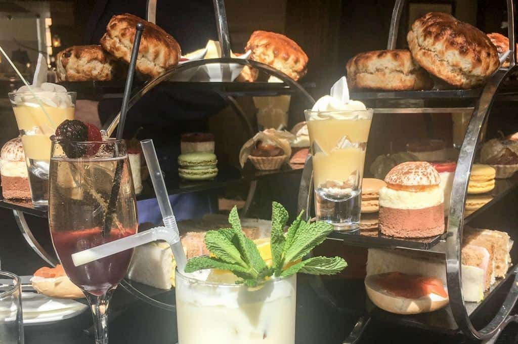 Cocktail afternoon tea