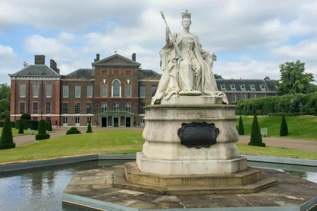 Kensington Palace - famous london park