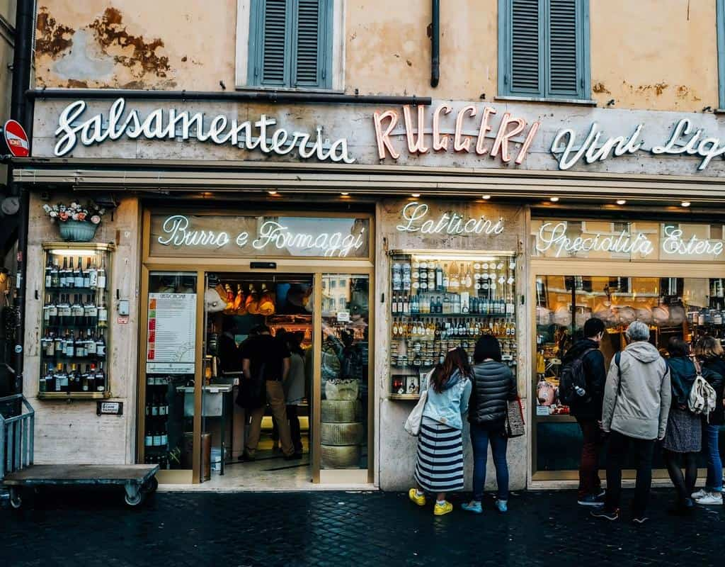 Rome food guide: what and where to eat in the Eternal city