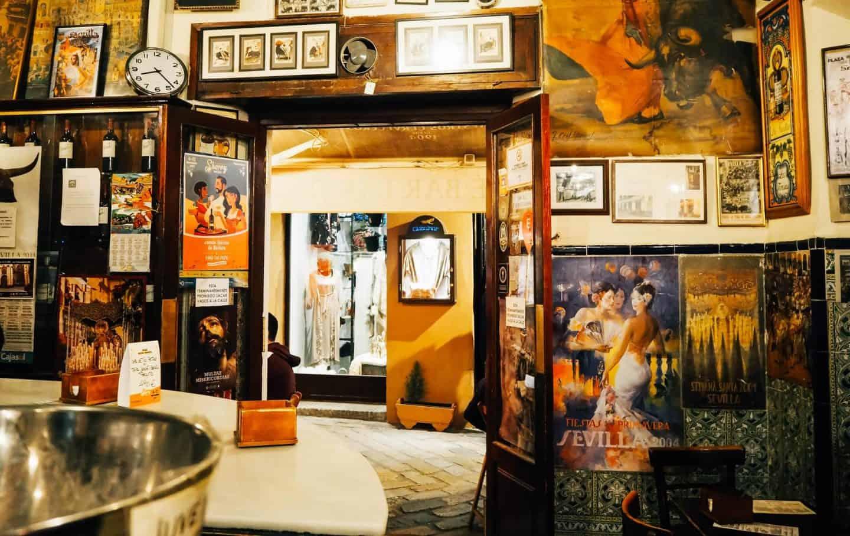 where to eat in seville tapas bar