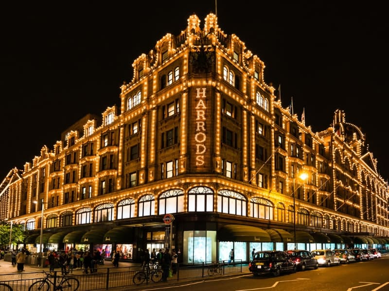 what to do an night in london - shopping at harrods