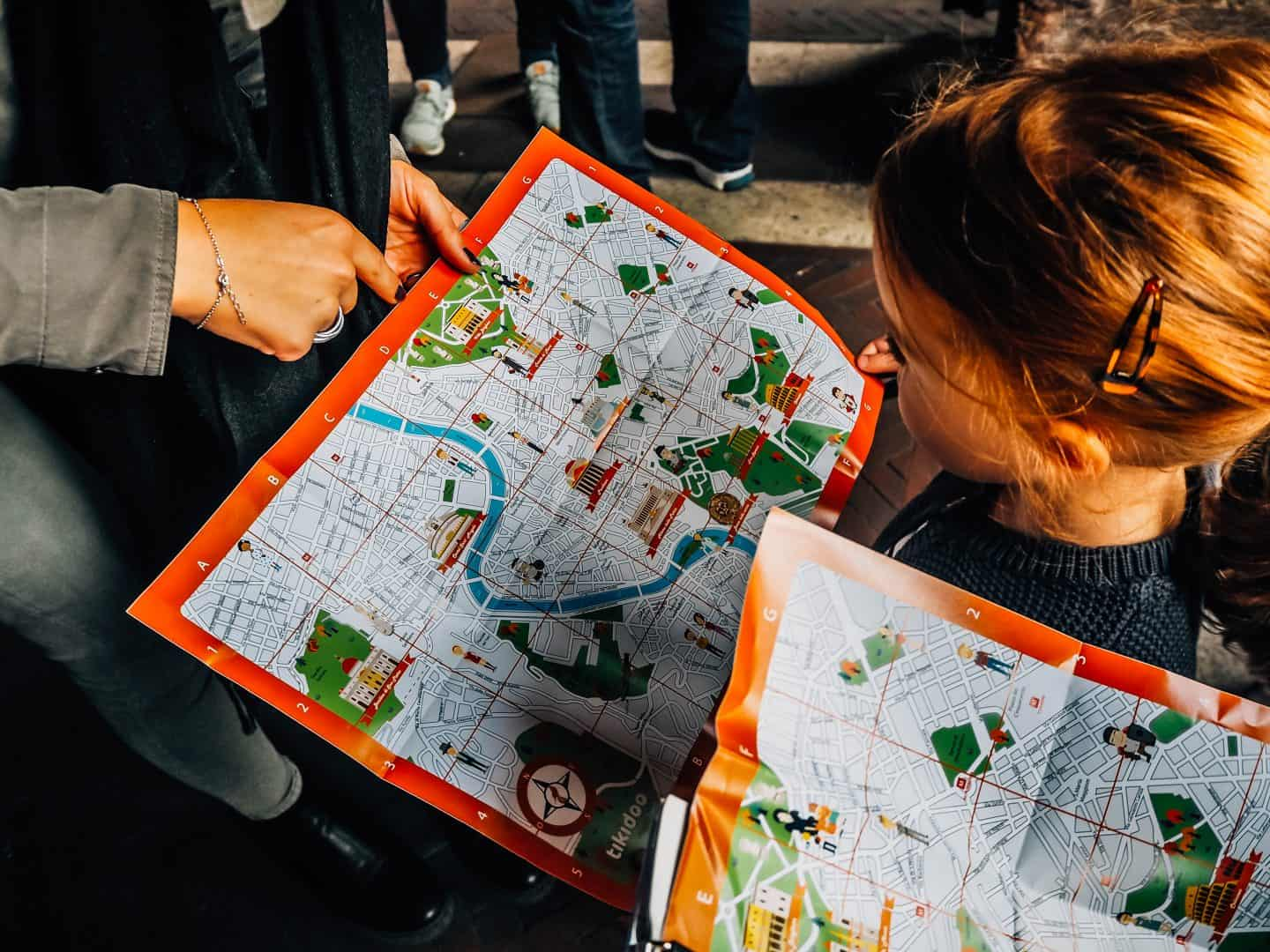 reading maps in rome