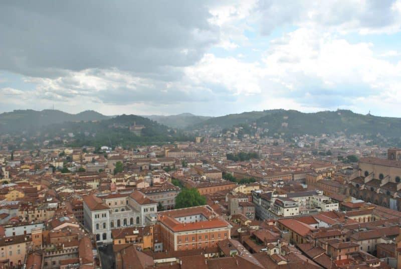 bologna italy's gastronomic city
