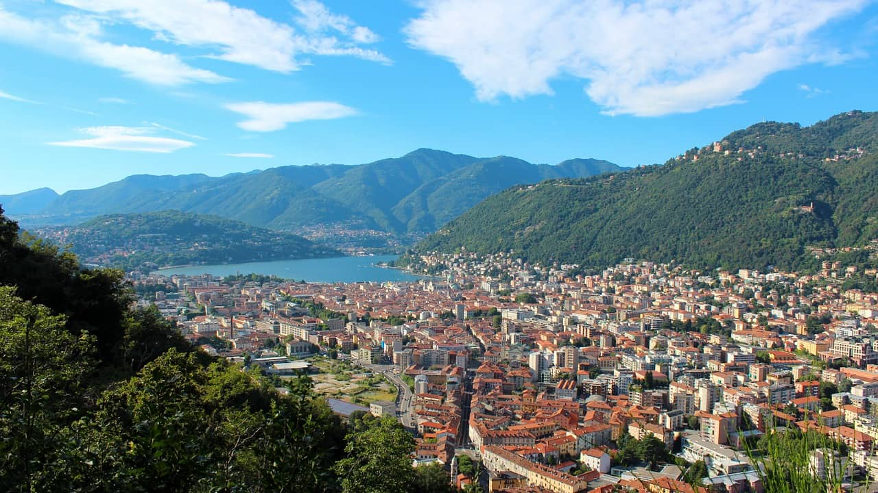 Como - must visit cities in Italy