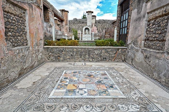 Pompeii ancient roman city