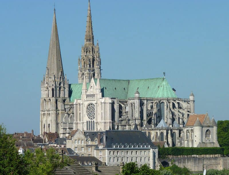 chartres - places to visit near paris