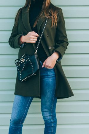 Best crossbody bags for travel that are stylish and practical 65d6e5e15b2ed