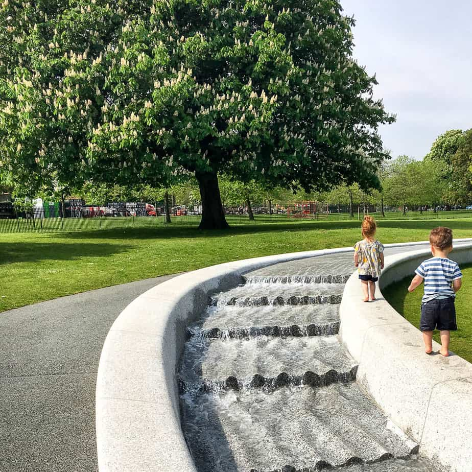 places for kids in london - diana memorial fountain