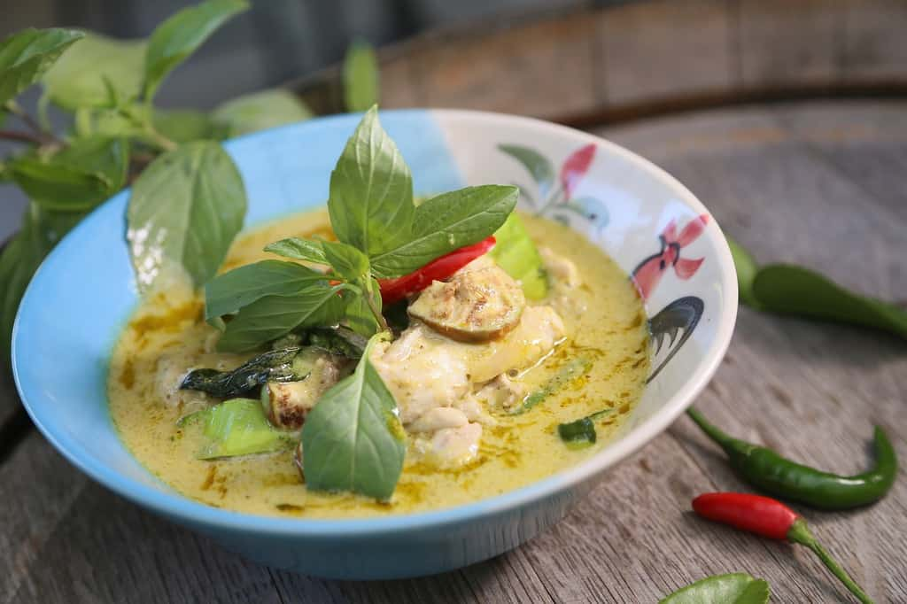 thai green curry - green chicken curry