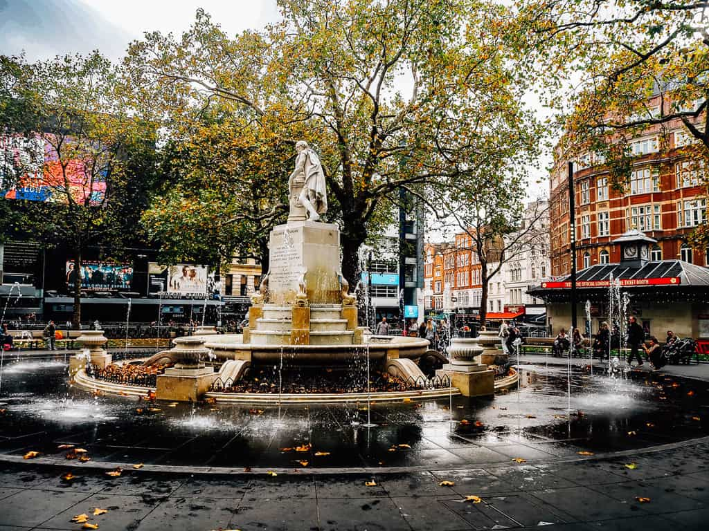 places to visit in london with kids - leicester square