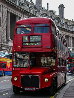 london bus - things to do in london with a 4 year old