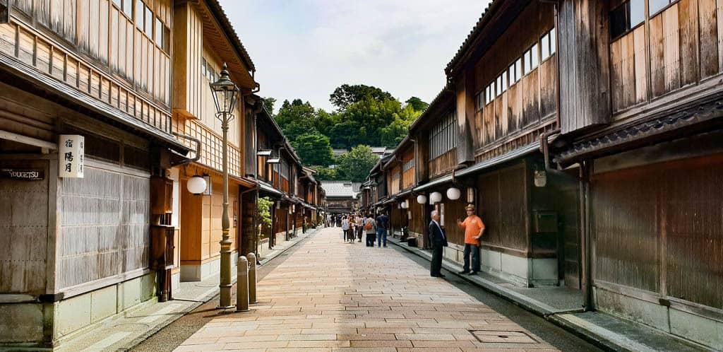 kanazawa higashi chaya district - kanazawa things to do