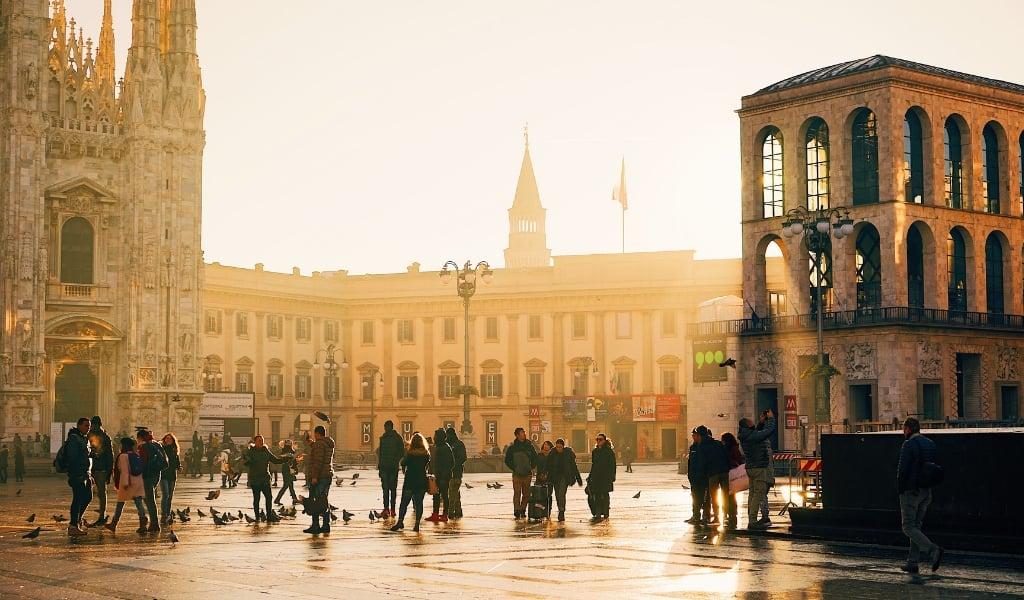 milan tourist spots historic center