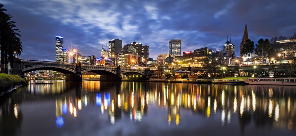 family hotels in melbourne