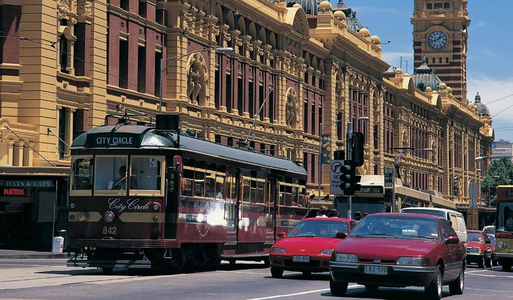 melbourne tram - what to do in melbourne with kids