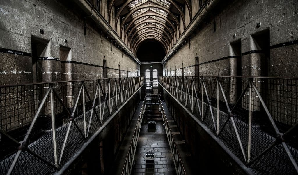 things to see in melbourne - old melbourne gaol