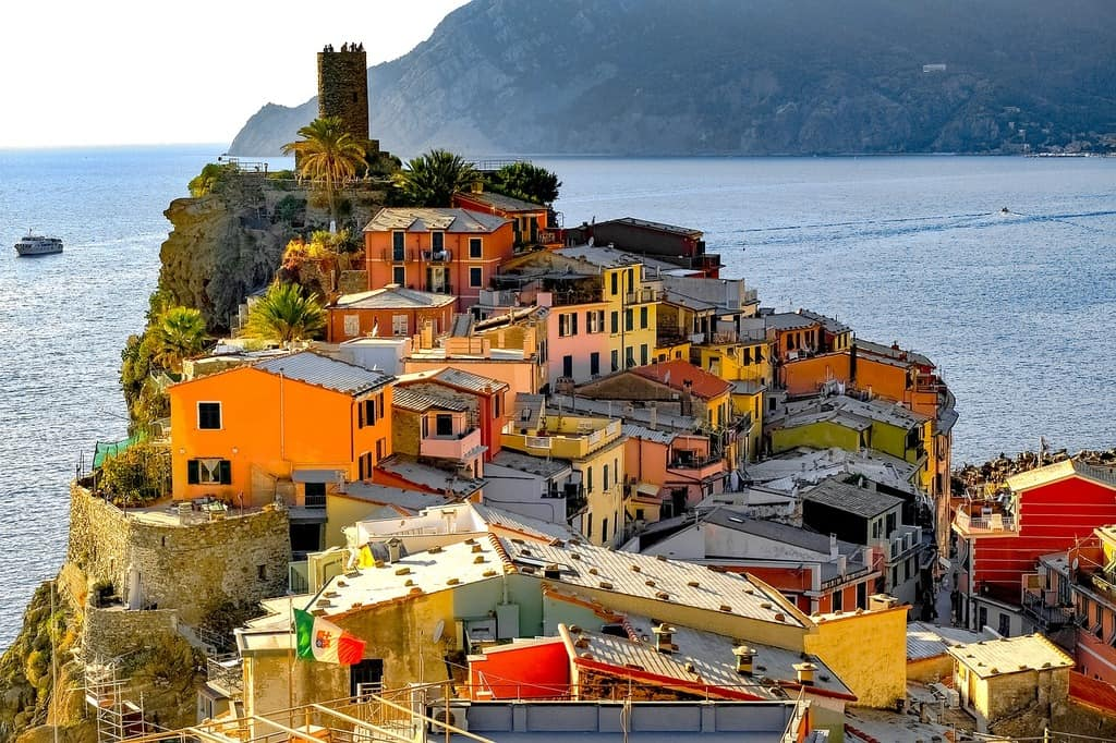 vernazza accommodation - hotels in vernazza italy