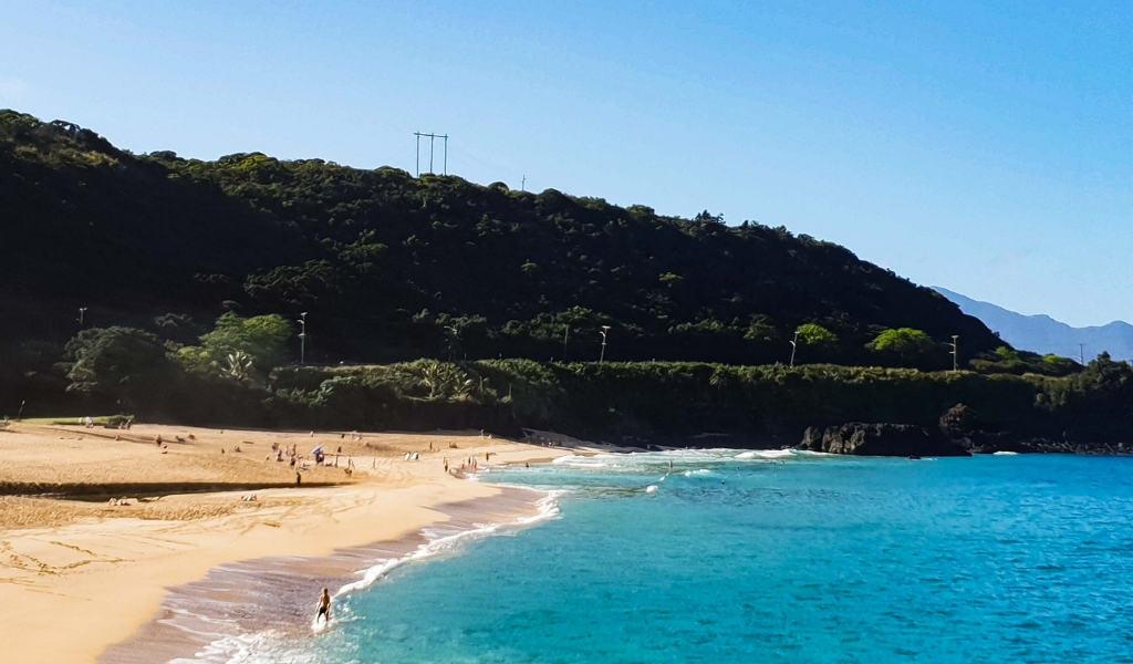 waimea beach - best beaches north shore oahu