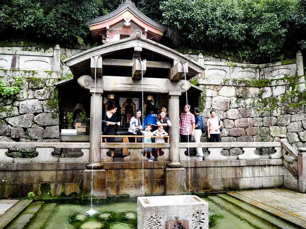 kiyomizudera waterfall shrine kyoto