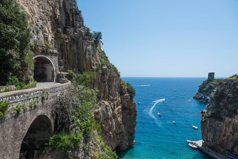 amalfi coast drive positano
