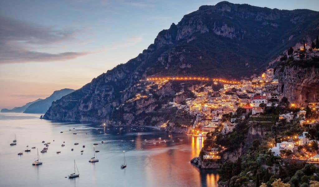 thing to do in positano at night