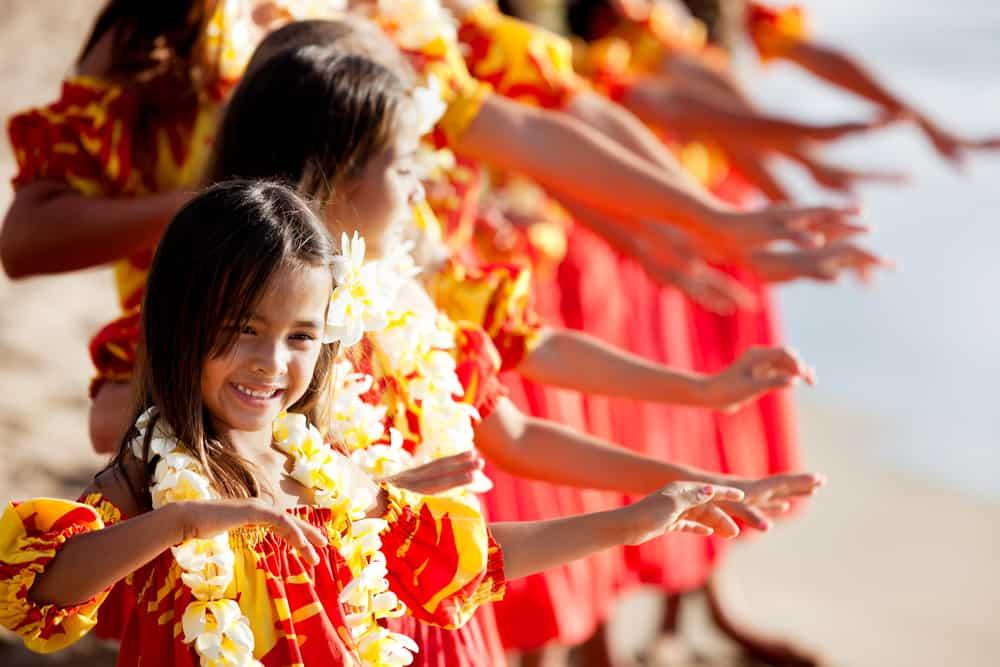 luau show oahu hawaii