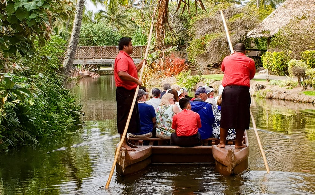 best luau in oahu for families polynesian cultural center